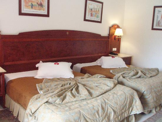 Mogador Palace Agdal: Amplias y comodas camas