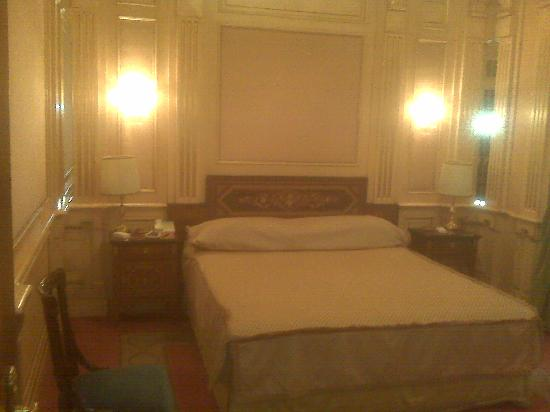 Hotel Principe Di Savoia: Single room, circa 2009 I believe.