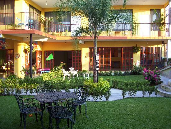 Tlayacapan, Mexique : jardin del hotel