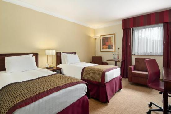 Hilton Warwick / Stratford-upon-Avon: Hilton Twin Deluxe Room