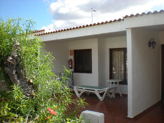Bungalow picture of rebecca park apartments playa del for Bungalows jardin del sol gran canaria