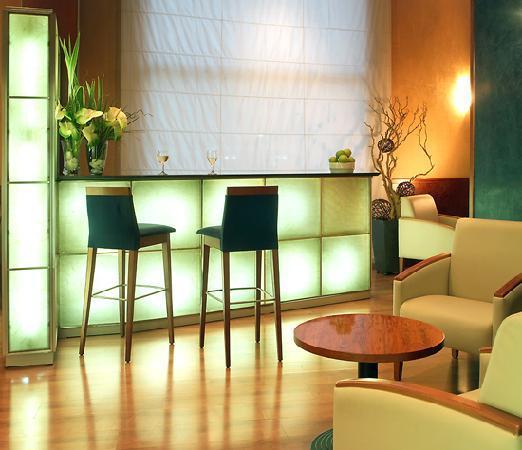 Hotel Garbi Millenni: Bar  - Millenni Hotel