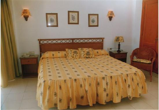 Hotel Olé Tropical : habitacion