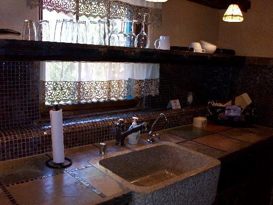 Casa de Estrellas: Kitchen counterspace
