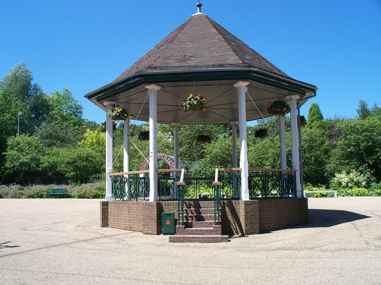 Telford Town Park: Bandstand