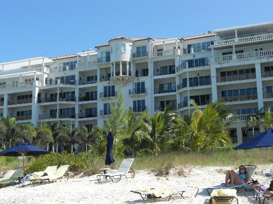 The Regent Grand: Resort is right on a private, uncrowded beach.