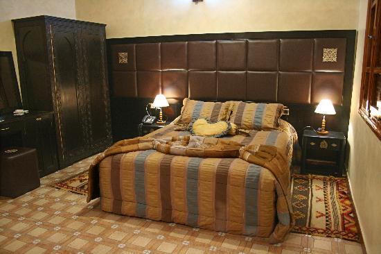 Al Jasira Hotel: deluxe room