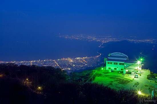 Beppu, Japan: 鶴見岳からの夜景