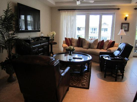 Caribbean Club Luxury Boutique Hotel : Picture Of Main Living Room