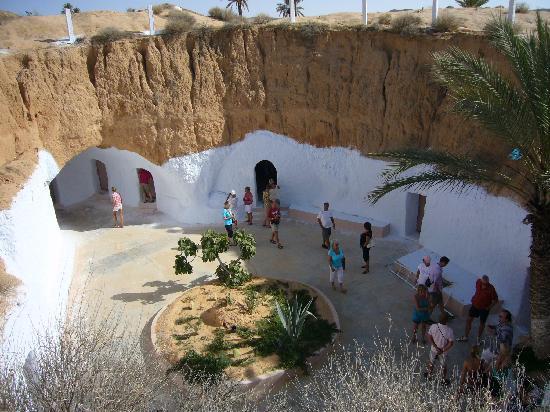 Matmata, Tunisia: 観光客だらけ