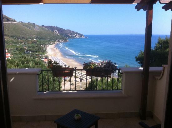 Hotel Corallo: Panorama  dalla 16!