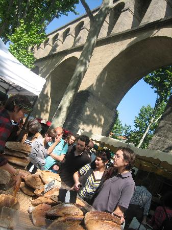 Les 4 Etoiles : Aquaduct market