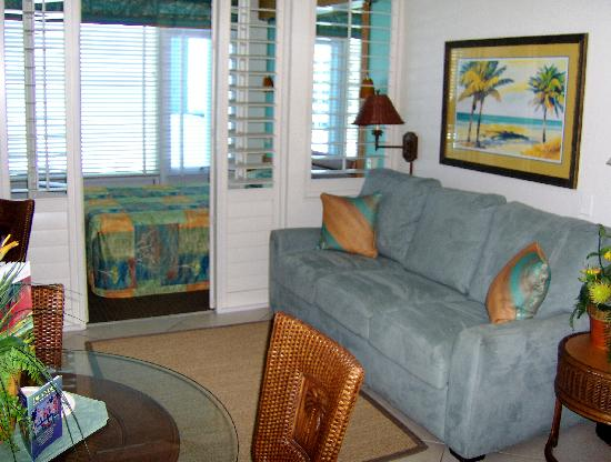 Islander Beach Resort: Unit Interior 2