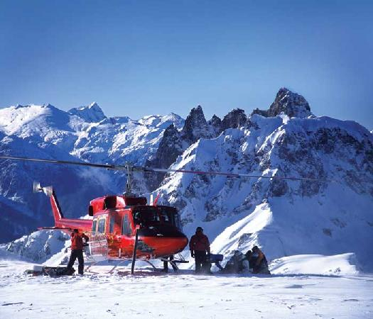Whistler Heli-Skiing : Pick up