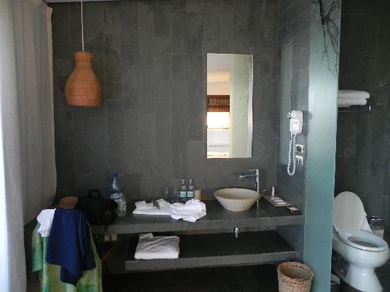 Tierra Atacama Hotel & Spa: Das Bad