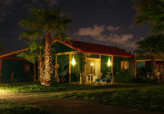 Camping & Resort Sanguli Salou : Villa Paradise