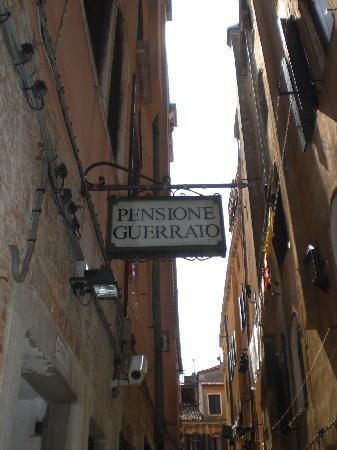 Pensione Guerrato Entrance