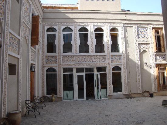 Lyabi-House Hotel: exterieur