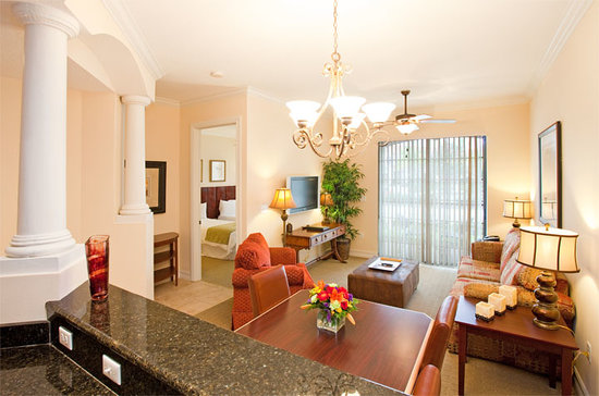 Emerald Greens Condo Resort: Guest Room - Living Room Area