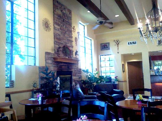 Best Western Paint Pony Lodge: Lobby Area