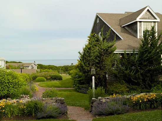 Menemsha Inn and Cottages: The Carriage House overlooks Vineyard Sound
