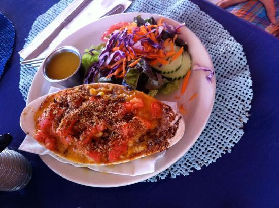 Tamarind Club : Mmmac and cheese pie