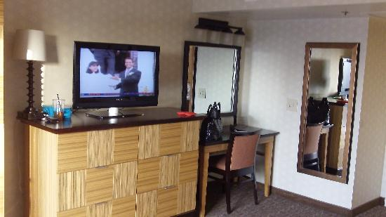 Embassy Suites by Hilton Hotel Los Angeles-Downey: Suite 1