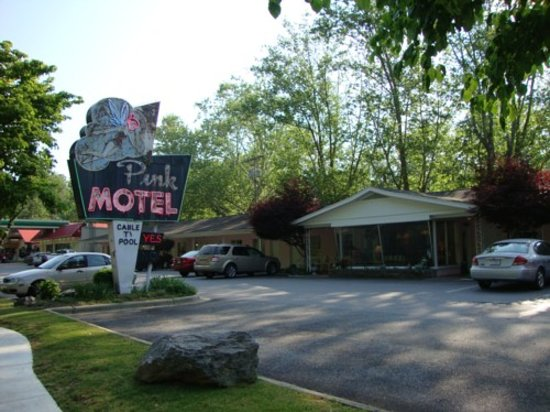 Photo of Pink Motel Cherokee