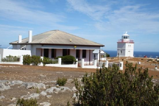 Cape Borda Lighthouse Keepers Heritage Accommodation: Flinders Light Lodge - Cape Borda