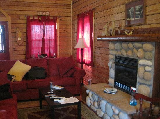 Pleasant Valley Cabins: Enter your caption here