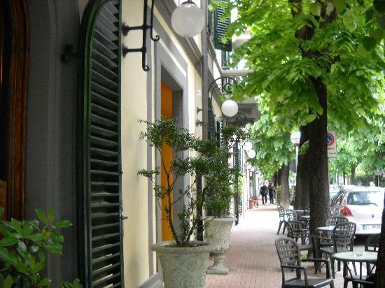 Hotel Da Vinci: Lepa,Belgrade