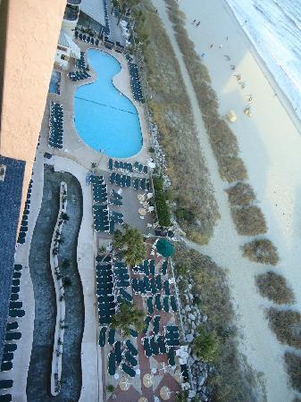 كاريبيان ريزورت آند فيلاز: Balcony View of beach and pools