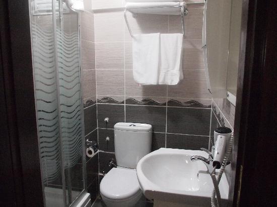 Galata Istanbul Hotel: Baño