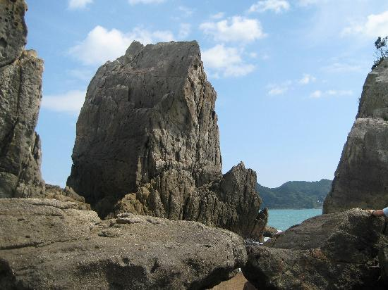 Kushimoto-cho, ญี่ปุ่น: 干潮時は近くまで行ける