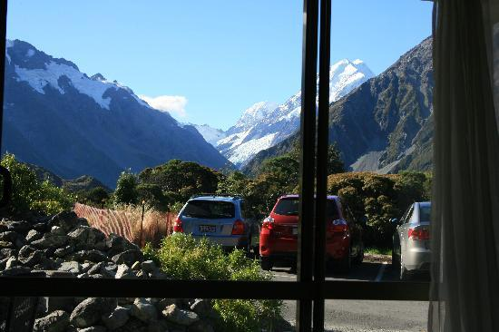 Aoraki Mount Cook Alpine Lodge: View from our room