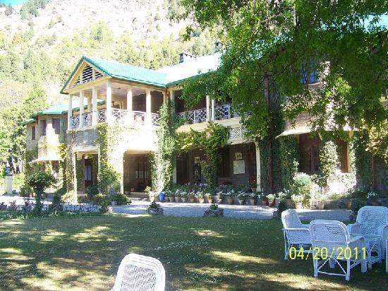 Balrampur House: hotel