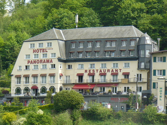 Panorama Hotel: Exterior view.