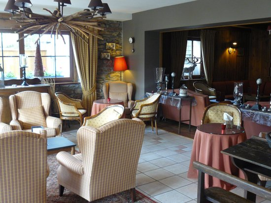 Panorama Hotel: Lounge.