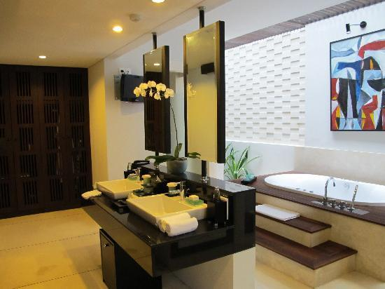 The Samaya Bali Ubud: Amazing bathroom