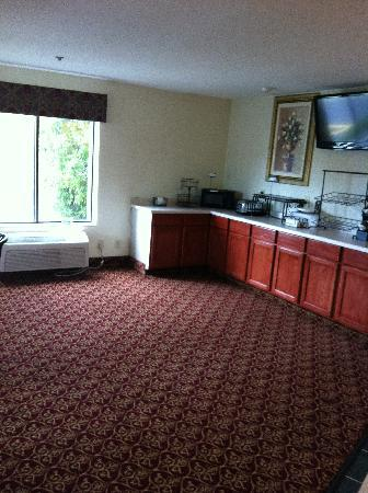 Comfort Inn Racine: Fantastic new Breakfast