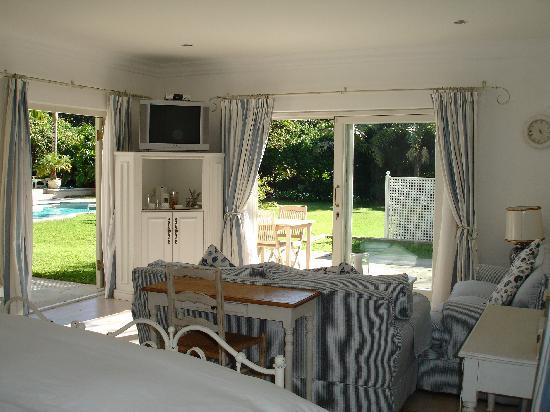 Constantia Valley Lodge: Guestroom 3