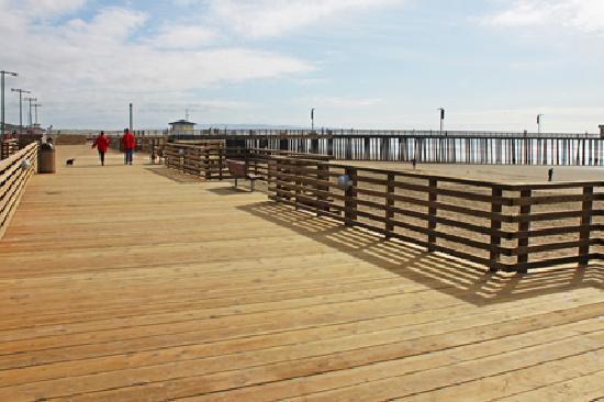 Pismo Beach, CA: Beachfront Promenade