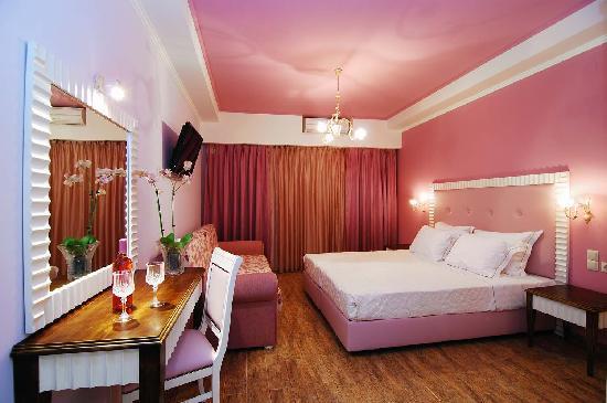 Hotel Parga Princess: 'Love' and 'Romance'