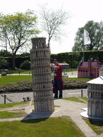 Mini-Europe: Leaning Tower of Pisa ( Pisa, Italy )