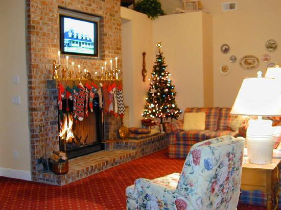 Cornerstone Bed & Breakfast: Our Family Room is always open to guests