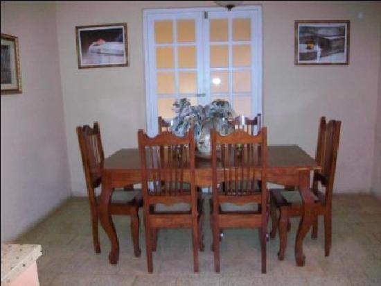 Casa OsmaryAlberto: Comedor