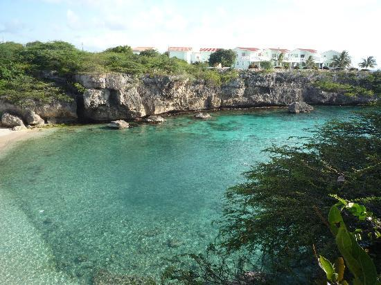Bahia Apartments & Diving : Uitzicht vanaf Bahia op de Lagun baai