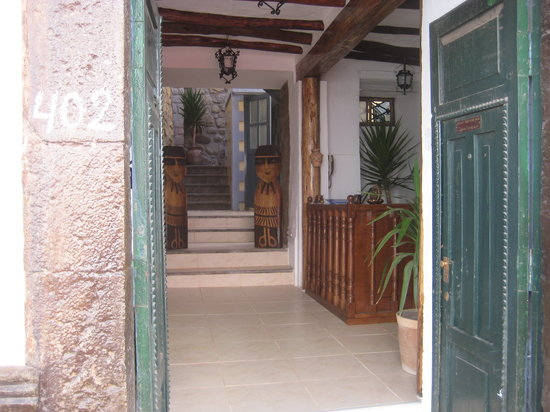 Hostel Jacaranda Inn: Front entrance