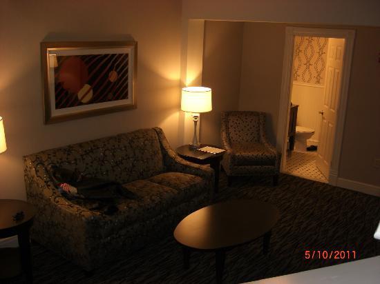 Fairfield Inn & Suites Keene Downtown: 1st floor bath room 215