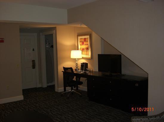 Fairfield Inn & Suites Keene Downtown: 1st floor entrance